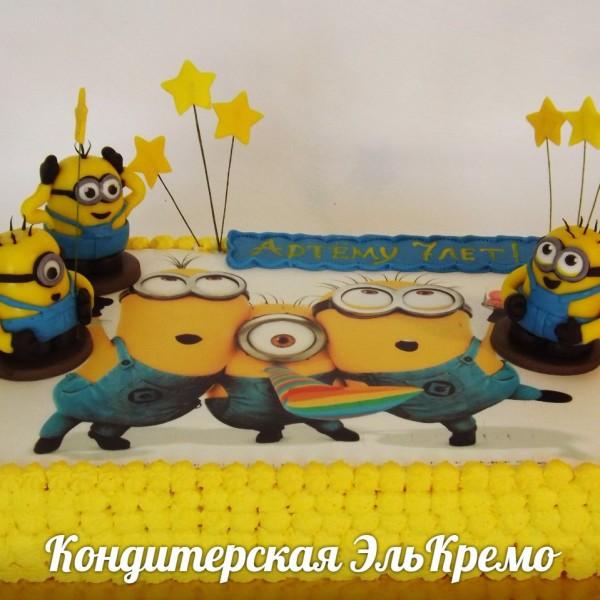 торт фото миньоны