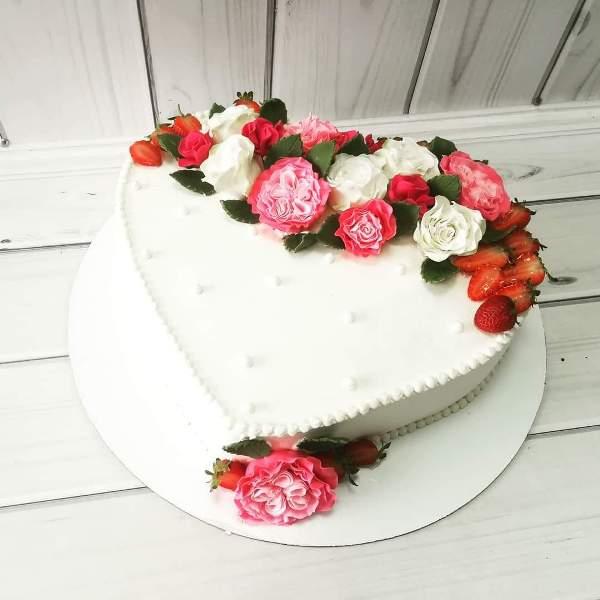"Торт ""Сердце с цветами"" Арт. 00499"