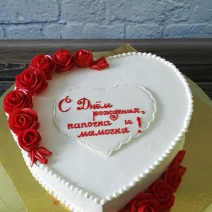 """Торт """"Кремовые розы"""""""