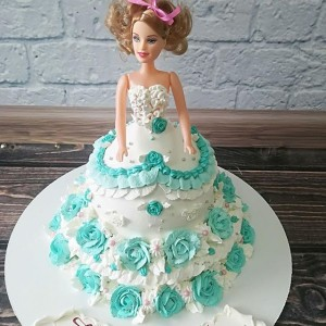 "Торт ""Кукла с бирюзовый розами"" АРТ. 00289"