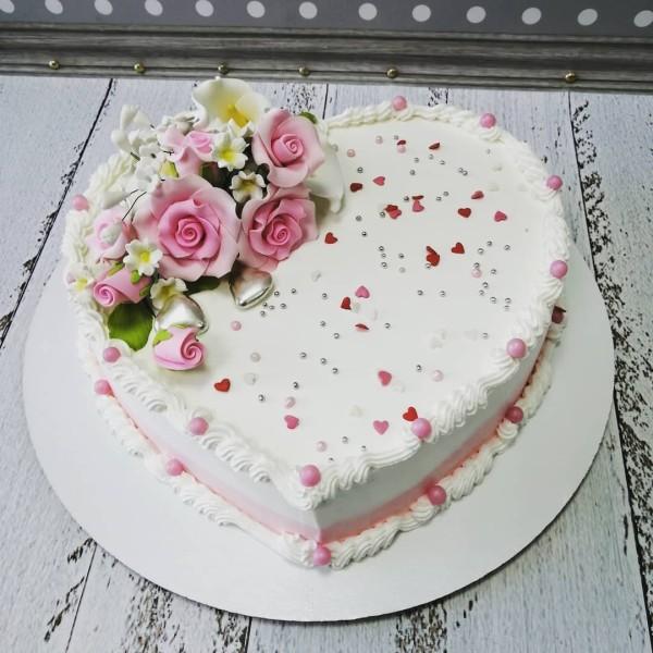 "Торт ""Сердце с цветами"" Арт. 00722"