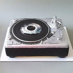 """Торт """"Проигрыватель пластинок"""" Арт. 01006"""